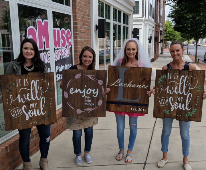 custom lazy susan class | wood sign paint party winery | pallet night