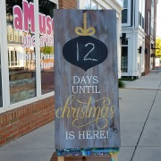 countdown to christmas chalkboard | rustic christmas wood sign | christmas decor mechanicsburg harrisburg carlisle hershey